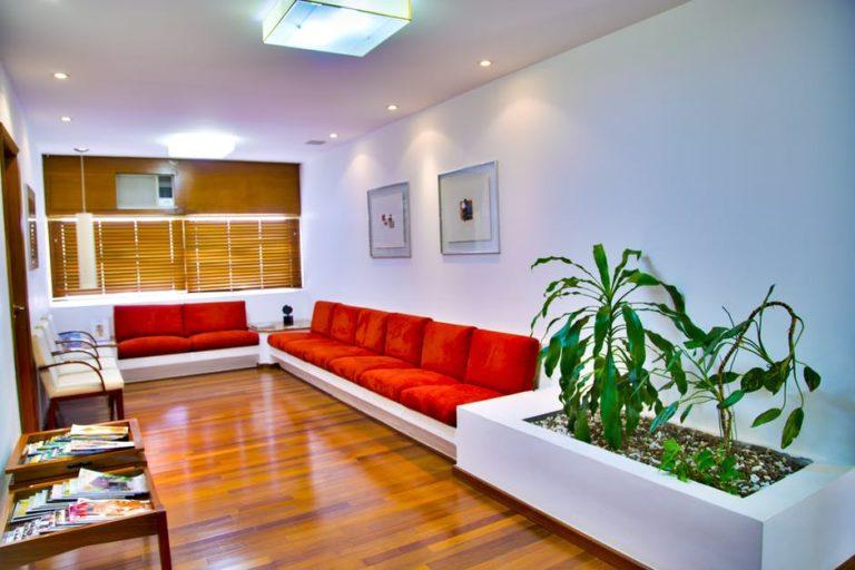 طراحی فضای انتظار دکوراسیون داخلی مطب دندانپزشکی