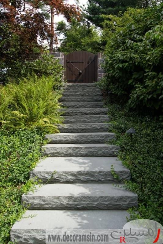 عکس-ورودی-محوطه-سازی-ویلا-با-استفاده-از-پله-و-کاشت-درختان-کوتاه-قد