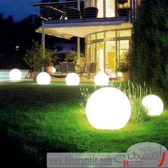 نورپردازی-فضای-سبز-ویلا-با-استفاده-از-نور-های-گرد