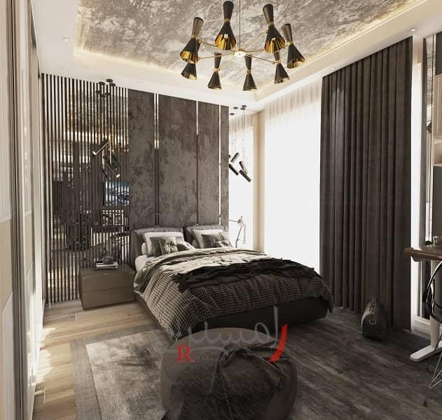 دکوراسیون اتاق خواب پسر با آینه کاری پشت تخت و سقف پتینه کاری شده با تخت و پرده تیره رنگ_new